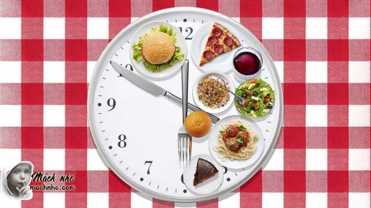 thói quen ăn nhiều bữa trong ngày